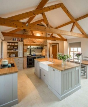 Farmhouse Kitchen Decorating Ideas With Wooden Cabinet 27
