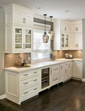 Farmhouse Kitchen Decorating Ideas With Wooden Cabinet 29