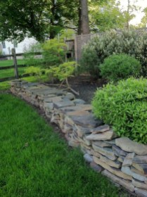 Incredible Edging Garden For Your Front Yard 04