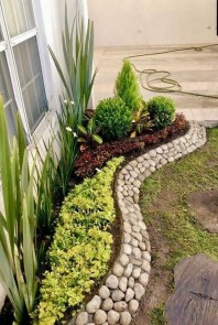 Incredible Edging Garden For Your Front Yard 12