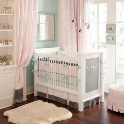 Lovely Small Bedroom Decor With Pink Nuance 05