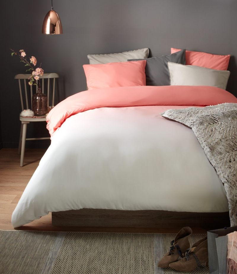 Lovely Small Bedroom Decor With Pink Nuance 07