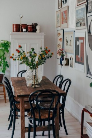 Lovely Small Dining Room Decoration In Your House 06