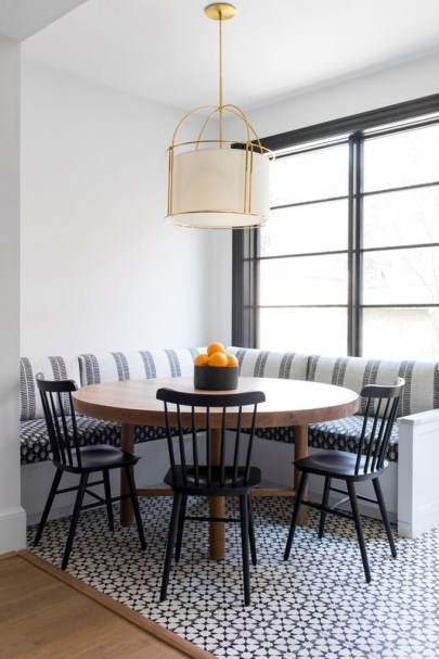Lovely Small Dining Room Decoration In Your House 12