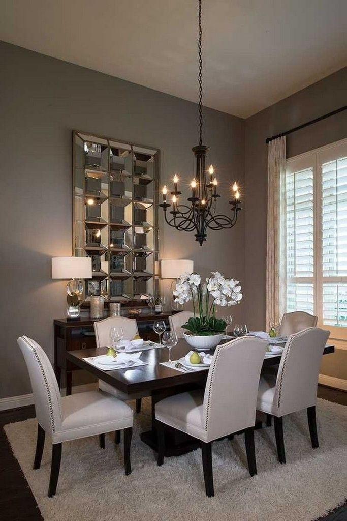 Lovely Small Dining Room Decoration In Your House 40