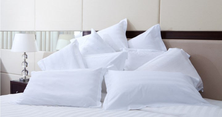 Hodeputer i en seng