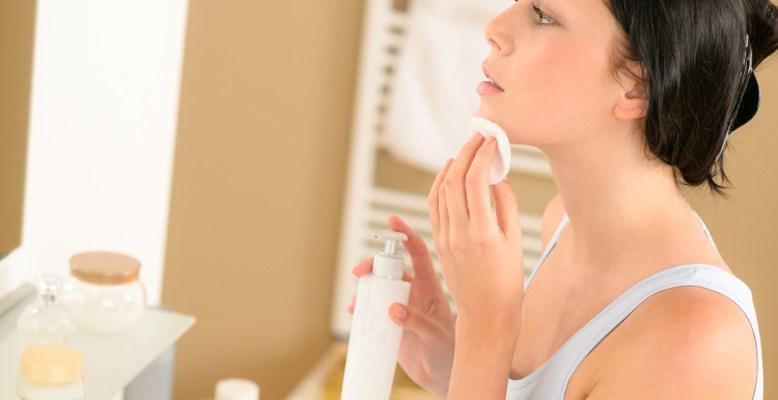 Makyaj Temizleme İşlemi, Zeytinyağı ile Nasıl Olur?