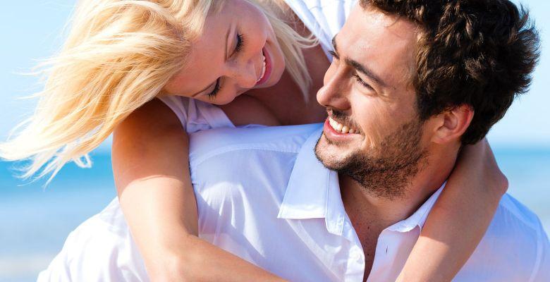 Evlilikte Cinsel Yaşam Nasıl Olmalı? Cinsel Yaşamı Renklendirmenin Sırları Nelerdir?