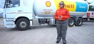 Fatma Bilici, İlk Kadın LPG Tankeri Sürücüsü Oldu