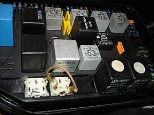 Suspect prob with R34 ABS relay  question re bridging pins 30 & 87  Rennlist  Porsche