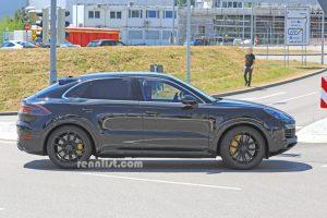 Rennlist - Porsche Cayenne Coupe Spy Photo