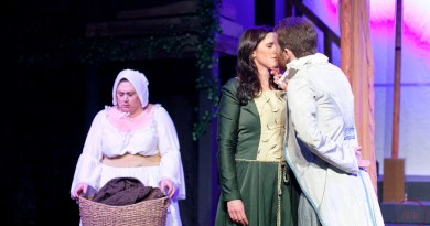 """""""Photos"""" 'Shakespeare in Love' at Good Luck Macbeth"""