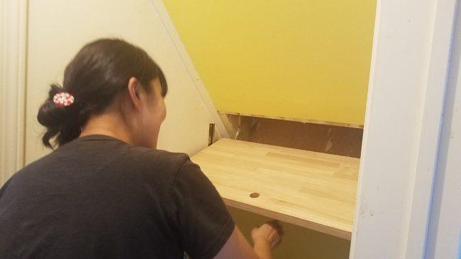階段下 収納扉 DIYで取り付け