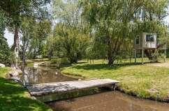 Holcomb pond