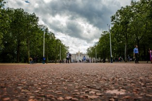 The view down the Mail - a different view of the palace - ISO500, F11, 1/400sec