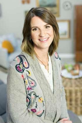 Jen Wilkin - Best Christian Podcasts for Women - www.renovatedfaith.com #jenwilkin #bestpodcasts #toppodcasts #renovatedfaith
