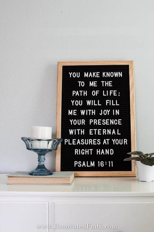 felt board with Bible verse