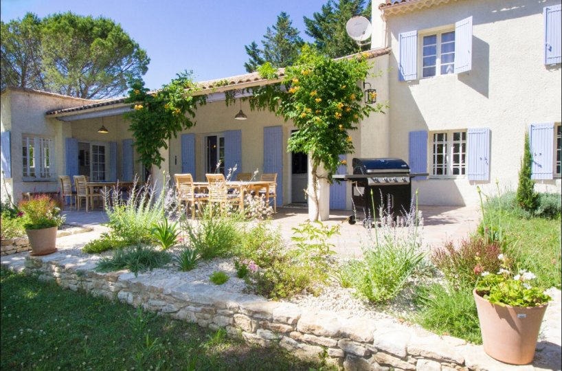 Luberon villages Provence France Rent-Our-Home rentourhomeinprovence Lourmarin Villa Murier