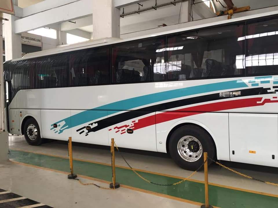 Rent a Yutong bus in Lahore