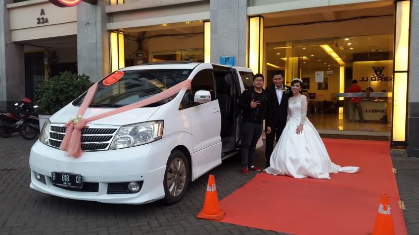 sewa mobil alphard untuk wedding paling murah dijakarta