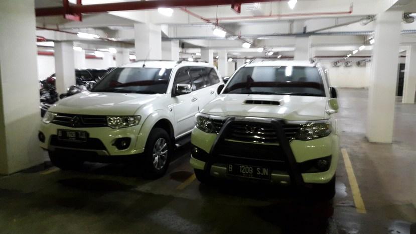 review-mobil-toyota-fortuner-putih-daftar-harga.jpg.jpeg