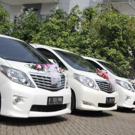 mobil mewah murah