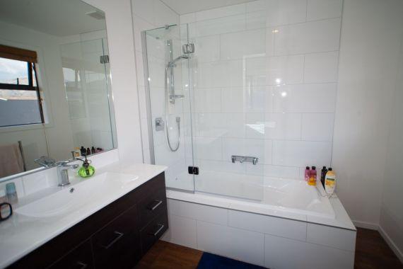 Rent-A-Room 8 Regent Street Bedroom 6d_preview