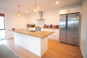 Rent-A-Room 8 Regent Street Kitchen 1_preview