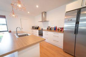Rent-A-Room 8 Regent Street Kitchen 5_preview