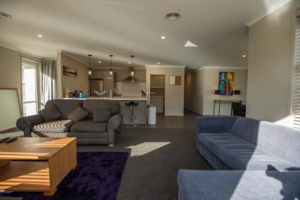 Rent a Room-0327