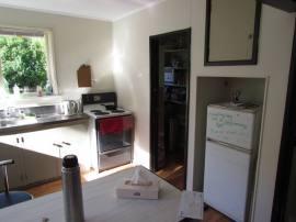 22 Bowen Street - Rent-A-Room - Kitchen 2