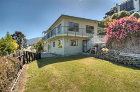 28 Earnslaw Terrace, Queenstown Hill Rent-A-Room 2