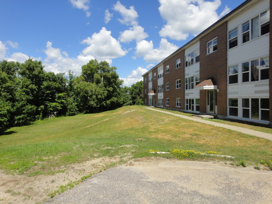 Elliot Lake Apartments