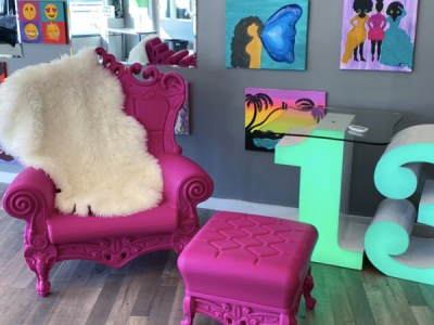 pink throne chair rental