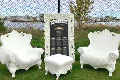 white throne chair rentals