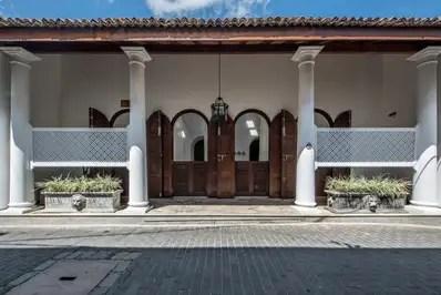Taru Villas - Lighthouse Street