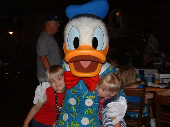 Donald Duck at kids birthday party