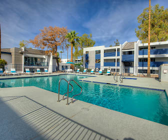 Each has its disadvantages and advantages and neither solution is ideal for all situations. 3 Bedroom Apartments For Rent In Phoenix Az 532 Rentals