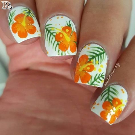 Hawaiian Flower Nail Art Designs