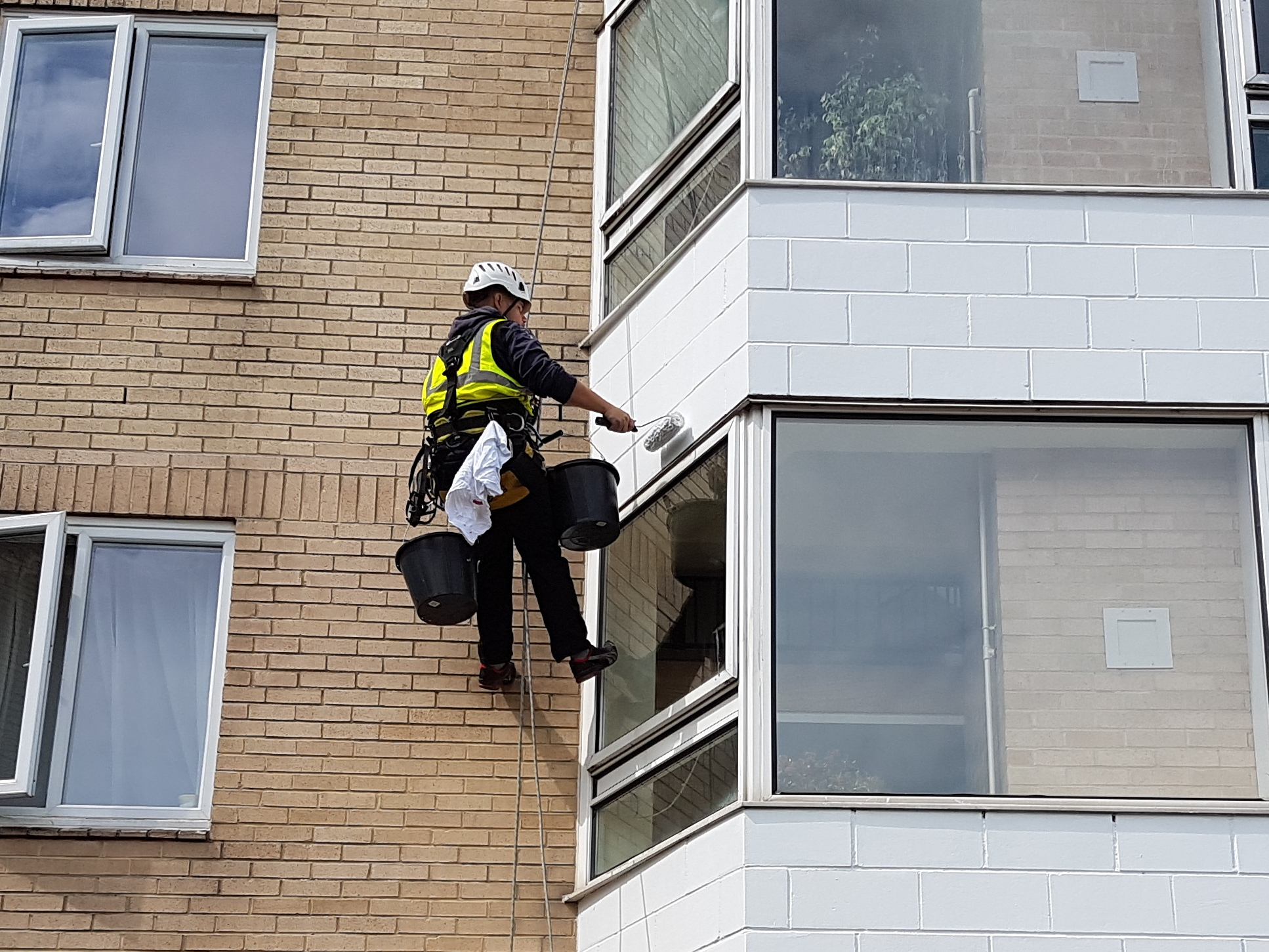 rope access high rise building painting