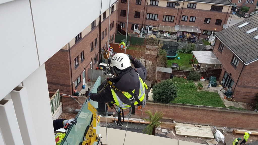 rope access glass installation