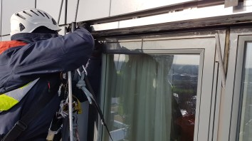 abseiling leak repair