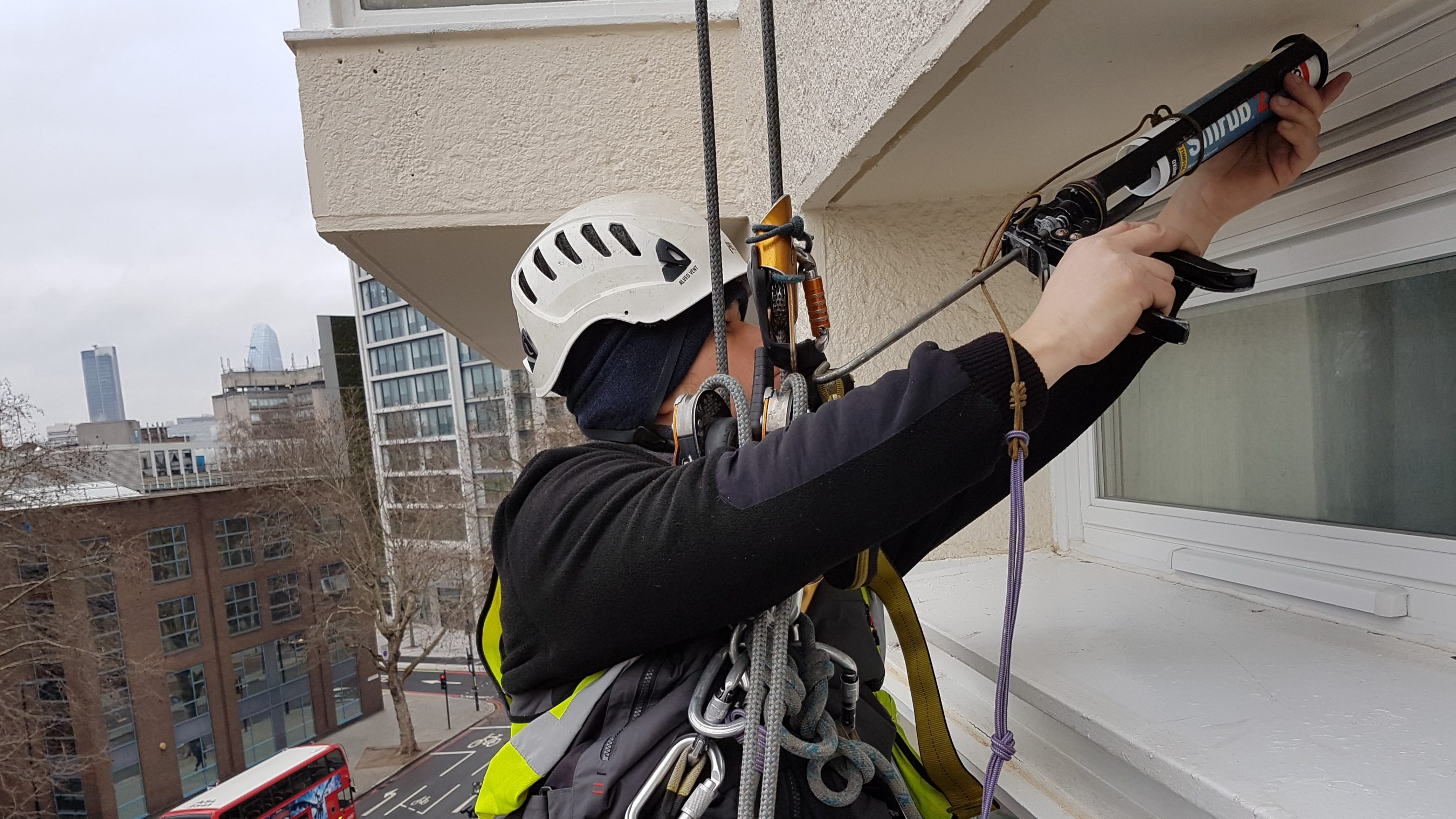 mastic snagging abseiling