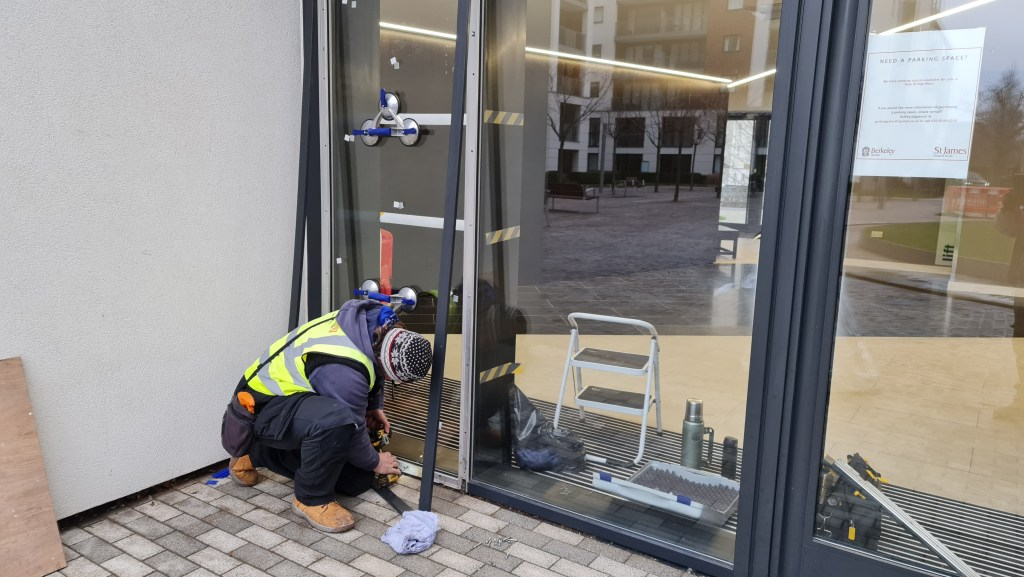 commercial glass replacement at the lobby