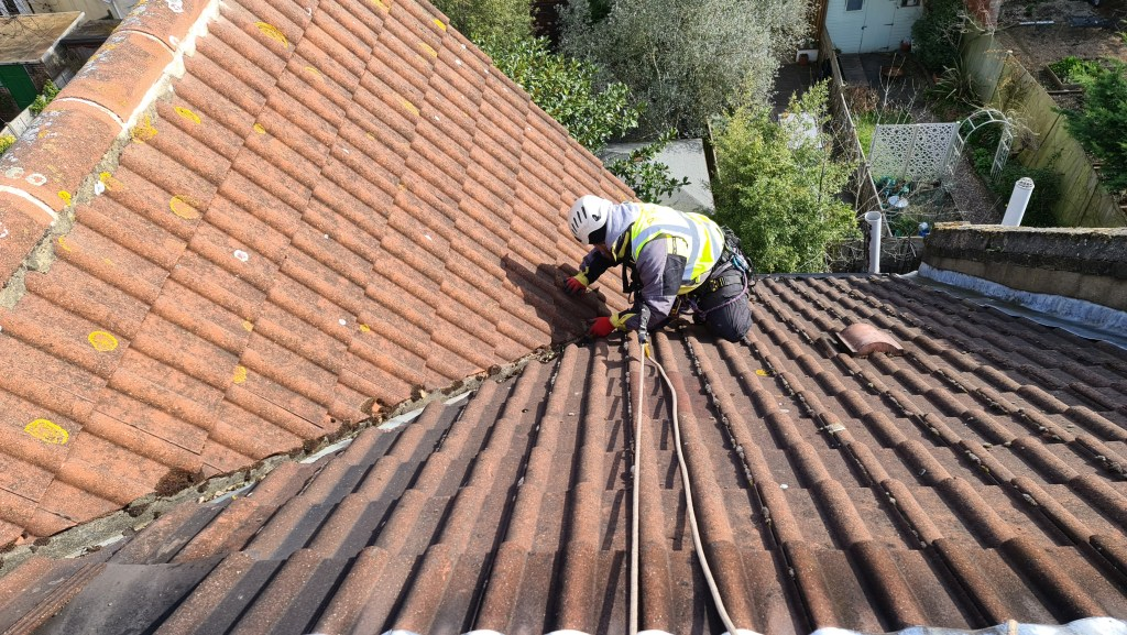 roof repairs without scaffolding