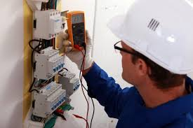 electricistas playa daimus 24 horas