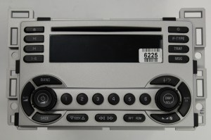Equinox 20052006 CD XM ready radio 28033375 REMAN