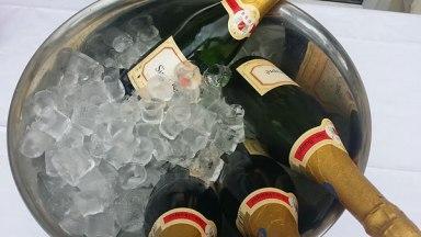 champagne-wedding-reception