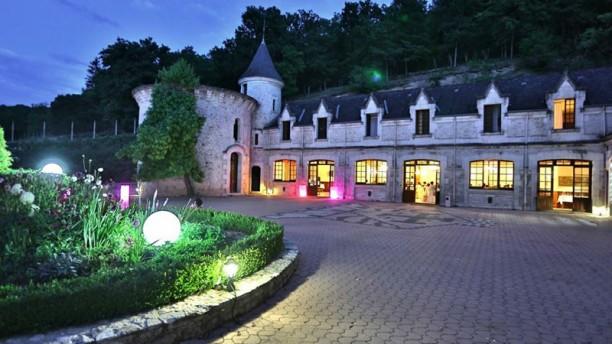 chateau-de-la-fleunie-chateau-98dfa