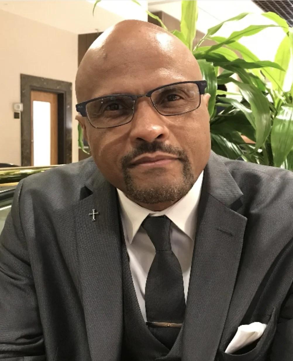 tim-joyce-senior-pastor